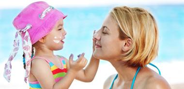 In spiaggia col bebè. Cosa fare, come comportarsi
